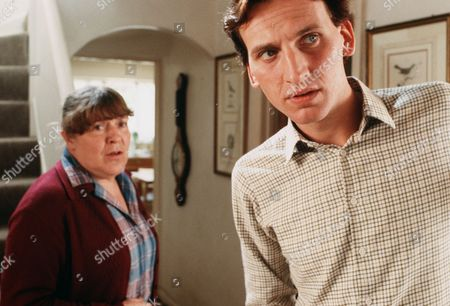Pat Heywood as Mrs Mitchell and Christopher Eccleston as Terence Mitchell