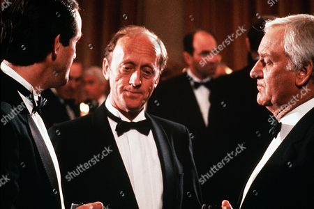Kevin Whately as Detective Sergeant Lewis, Kenneth Colley as DCI Patrick Dawson and John Thaw as Chief Inspector Morse