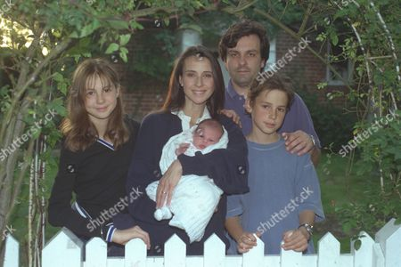 Actress Emma Jacobs Daughter Of Disc Jockey David Jacobs At Her Surrey Home Tonight With Husband Rupert Gregson-williams And Children Sadie. (12) Tom (10) And Two-week Old Daughter Saskia.