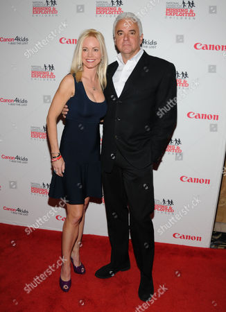Stock Picture of Lisa Mesloh and John O'Hurley