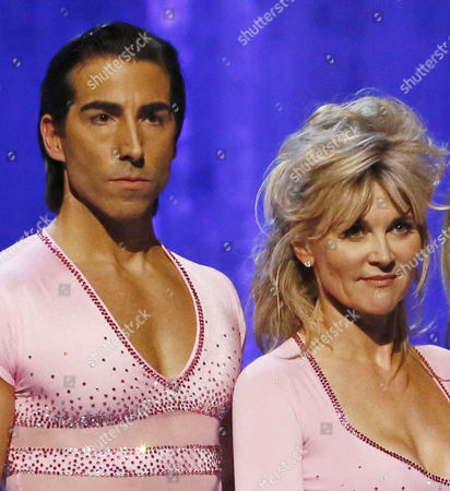 Stock Image of Skate off - Lauren Goodger and Michael Zenezini are voted off by the judges while Anthea Turner and Andy Buchanan survive another week
