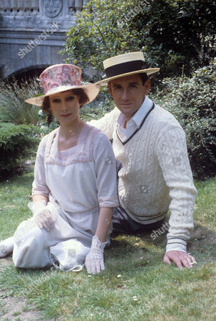 Francesca Annis and James Warwick