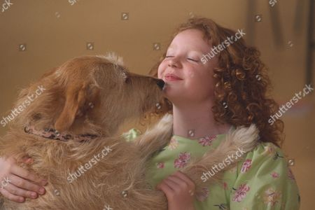 10yr Old Charlene Barton And Dog 'cassie' Chosen To Star In The West End Revival Of Musical 'annie' To Open At The Victoria Palace In September. She Was Picked From The Final 19 Girls At The Auditions By Director Martin Charnin.