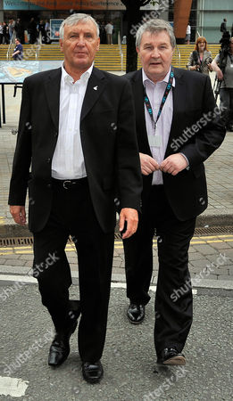 Unite Union Policy Conference At Manchester Central Convention Centre. - Joint General Secretaries Tony Woodley (l) And Derek Simpson.