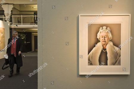 Portrait of The Queen Elizabeth II by Chris Levine