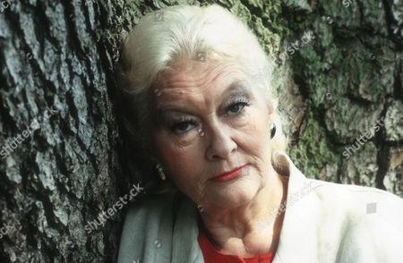 Christine Norden as Laura Poindexter
