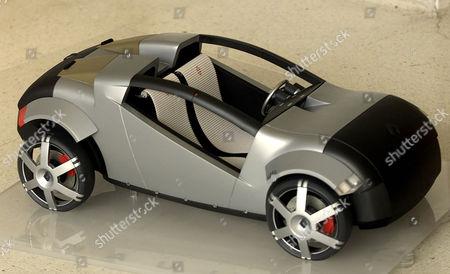 Rca Student Nicholas David And His Concept Renault Buggy Car.