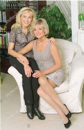 Stock Picture of Singer Lynn Paul And Sister Nikki Belsher.