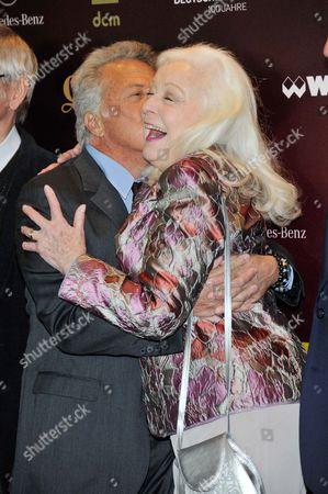 Dustin Hoffman and Gwyneth Jones
