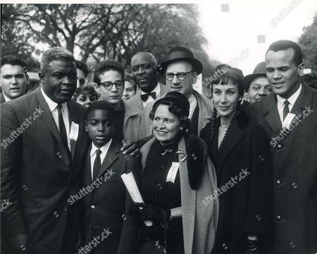 Washington, Dc, October 25, 1958 -- Brooklyn Dodgers Baseball Great, Jackie Robinson, His Son, An Unidentified Woman And Harry Belafonte (Far Right) And Wife Julie Attend A March Of 10,000 Black High School And College Students To Support School Desegregation. Photo: Abbie Rowe