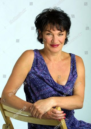 Louise Rennison - Author/comedian - For A Feature 'how Hollywood Has Treated Her'.