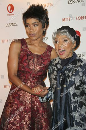 Angela Bassett and Ruby Dee