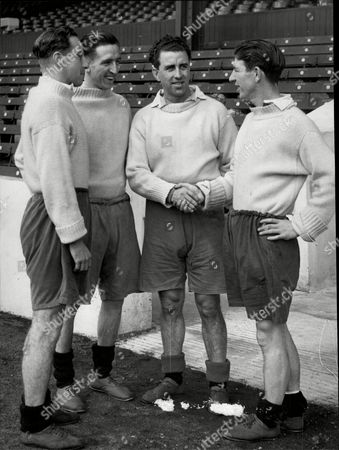 Footballer Roy Paul Joins Manchester City L-r E Phillips Ken Barnes Roy Paul Roy Clarke Roy Paul (18 April 1920 A 21 May 2002) Was A Welsh Footballer Who Played As A Half-back For Swansea Town And Manchester City. He Also Represented The Welsh National Team Over 30 Times And Is Regarded As One Of Wales' Best Ever Players. Raised In The Rhondda Valley Paul Became A Miner After Leaving School But An Offer Of A Professional Contract From Swansea Gave Him The Opportunity To Leave The Colliery. His Football Career Was Then Disrupted By Second World War During Which He Was A Physical Training Instructor. After The War Paul Made His League Debut And Spent Four Years Playing First Team Football For Swansea Winning The Third Division South Championship In 1948a49. Transfer Listed After An Abortive Move To Colombian Club Millonarios Paul Joined Manchester City For A19 500 In June 1950. At Manchester City Paul Spent Seven Years As Captain Leading The Club To Successive Fa Cup Finals In 1955 And 1956 Losing The First And Winning The Second. In 1957 He Became Player-manager Of Worcester City And Subsequently Wound Down His Career In His Native South Wales Becoming A Lorry Driver. He Died In 2002 Aged 82.