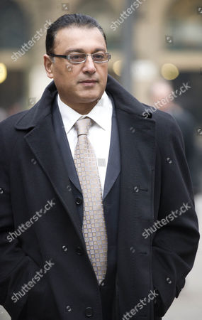 Ali Dizaei Arriving At Southwark Crown Court..