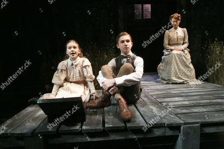 listening to the music box - Emilia Jones (Flora), Laurence Belcher (Miles), Anna Madeley (Governess)