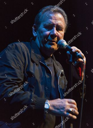 Reg Presley performs with the Troggs