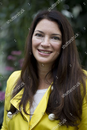 Rachel De Thame