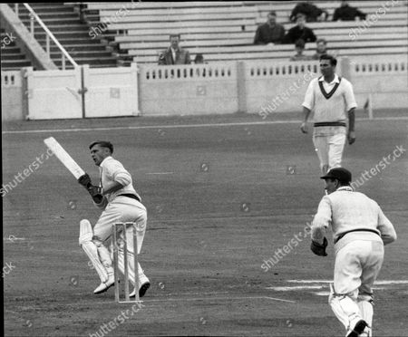 Cricketer Jack Bond Hits His 2000th Run Of The Season For Lancashire John David 'jack' Bond Born In Kearsley Near Bolton Lancashire On 6 May 1932 Is A Former Cricketer Who Played For Lancashire And For One Season For Nottinghamshire. Jack Bond Was A Right-handed Middle Order Batsman And A Good Close Fielder Who Had A Fairly Unspectacular County Cricket Career For Lancashire From 1955 Being Assured Of A Regular Place In A Strong Batting Line-up In Only A Few Seasons Among Them 1962 When He Scored 2 125 Runs At An Average Of More Than 36. But By The Mid-1960s He Was Second Eleven Captain And An Irregular First-class Cricketer. Success With The Second Team Though Led To An Unexpected Call-up To Be First Team Captain From 1968 And Over The Next Five Seasons Bond Led A Previously Under-achieving Side To A Run Of Success In One-day Cricket Competitions That Has Not Been Equalled. Intensively Competitive Bond Led By Example In The Field And Often Made Useful Runs Normally Batting At No 6 Or Lower. A Mostly Young Team Included Future England Cricketers Such As Barry Wood David Lloyd Frank Hayes Peter Lever And Ken Shuttleworth And Lancashire Recruited Proven Matchwinners In Clive Lloyd And Farokh Engineer As The Overseas Stars.
