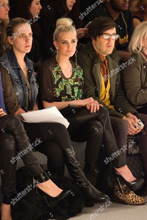 Ashlee Simpson and Andrew Bevan