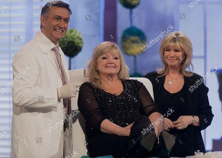 Dr Khan and Lesley Reynolds Khan with Linda Nolan