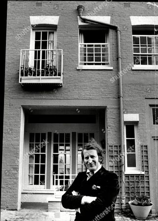 Actor And Comedian Lance Percival Outside His House In London Lance Percival (born 26 July 1933) Is An English Actor Comedian And After-dinner Speaker.