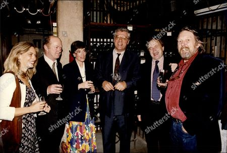 Poet Davina Prince Winning The 1992 Literary Review Grand Poetry Prize Sponsored By The Mail On Sunday At London's Cafe Royal L-r Unknown Woman Auberon Waugh Davina Prince Jonathan Holborow Clive Anderson And Willie Rushton.