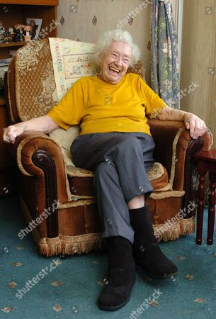 Stock Picture of Ivy Edwards Former Labour Voter And Warrington Mayor Who Met Health Secretary John Reid During The Nhs Crisis Over The Case Of Margaret Dixon.