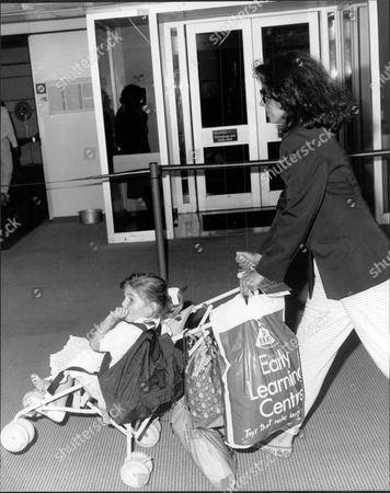 Editorial photo of Barbara Parkins Actress At Heathrow With Her Daughter.