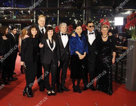 Susanne Bier, Tim Robbins, Athina Rachel Tsangari, Andreas Dresen, Wong Kar-Wai and his wife Esther, Ellen Kuras und Shirin Neshat