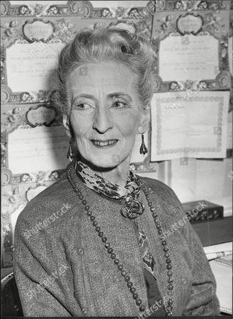 Marjorie Fielding (dead December 1956) Actress.