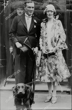 Sir Michael Bruce 11th Baronet Leaving Prince's Row Register Office With His Bride Miss Doreen Daiziel Greenwell After Their Marriage.