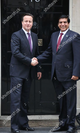 Stock Photo of Prime Minister David Cameron and Prime Minister of Pakistan Yousuf Raza Gilani
