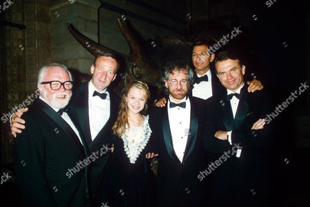 Richard Attenborough, Bob Peck, Ariana Richards, Steven Spielberg, Jeff Goldblum and Sam Neill