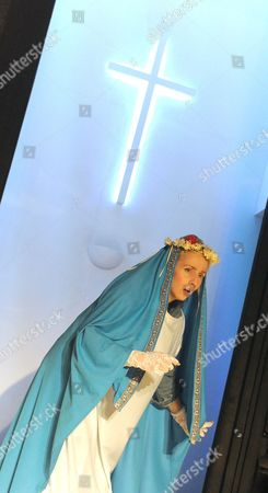 Sinead Matthews as Marysia