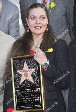 Maria Burton
