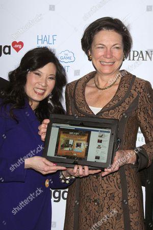 Sheryl WuDunn and Diana Taylor