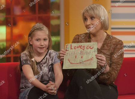 Louise Cooper and Daughter (Bieber concert)