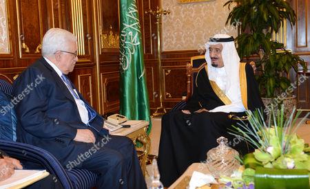 Palestinian President Mahmoud Abbas and Crown Prince Salman bin Abdulaziz Al Saud