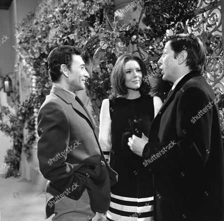 Peter Wyngarde, Diana Rigg and Colin Jeavons