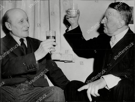 Actor A.e. Matthews (right) With Signor Ruggero Ruggeri A. E. Matthews Obe (22 November 1869 Oo 25 July 1960) Was An English Actor Who Played Numerous Character Roles On The Stage And In Film For Eight Decades And Who Became Known For His Acting Longevity. Already Middle-aged When Silent Films Began Production He Enjoyed Increasing Renown From World War Ii Onwards As One Of The British Cinema's Most Famous Crotchety And Sometimes Rascally Old Men.