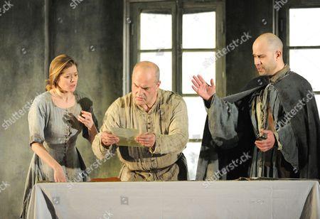 Barbara Hannigan as Agnes, Christopher Purves as Protector and Bejun Mehta as Boy