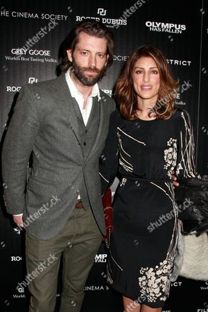 Louis Dowler and Jennifer Esposito
