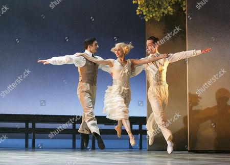 'The Great Gatsby' - l-r: Giuliano Contadini (Nick Carraway), Martha Leebolt (Daisy Buchanan), Tobias Batley (Jay Gatsby)