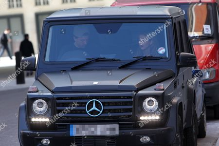 Tom Kilbey and Lydia Bright in their Mercedes jeep