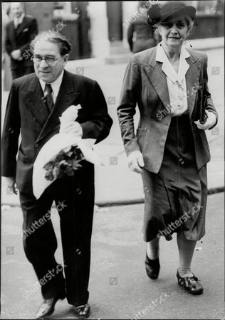 Musician Erwin Stein And Wife Sophie Stein Mother And Father Of Marion Stein Who Married George Lascelles The 7th Earl Of Harewood Seen At Luncheon At St James Palace With Bouquet For Princess Royal Erwin Stein (7 November 1885 - 17 July 1958) Was An Austrian Musician And Writer Prominent As A Pupil And Friend Of Schoenberg With Whom He Studied Between 1906 And 1910. He Was One Of Schoenbergoos Principal Assistants In Organizing The Society For Private Musical Performances. In 1924 It Was Stein To Whom Schoenberg Entrusted The Delicate As Well As Important Task Of Writing The First Article Oo Neue Formprinzipien ('new Formal Principles') Oo On The Gradual Evolution Of What Was Soon To Be Explicitly Formulated As 'twelve Tone Technique'. Until 1938 He Lived In Vienna Where He Was Respected As A Music Teacher And Conductor As Well As A Writer Active On Behalf Of The Music And Composers He Valued. After The Anschluss He Fled To London To Escape The Nazis And Worked For Many Years As An Editor For The Music Publishers Boosey & Hawkes. His Focus Was Mainly On Mahler Schoenberg And Britten (all Three Of Whom He Knew Personally) As Well As His Colleagues Within The Schoenberg Circle Berg And Webern. His Books Include Orpheus In New Guises (a Collection Of Writings From The Period 1924-1953) And Form And Performance (1962). He Was The Editor Of The First Collection Of Schoenberg's Letters (germany 1958; Uk 1964). He Was Also Instrumental In Setting Up The Modern Music Periodical Tempo In 1939. Stein Married Sophie Bachmann (1883?-1965) And Their Daughter The Pianist Marion Stein Married Successively George Lascelles 7th Earl Of Harewood And The Liberal Politician Jeremy Thorpe.