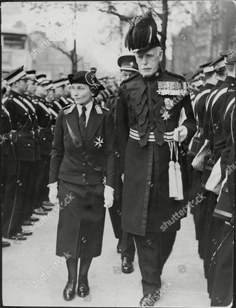Princess Alice Duchess Of Gloucester Presents Prizes At The St John's Ambulance Brigade Competitions At Central Hotel Marylebone Picture Shows Her Inspecting The Guard Of Honour With Sir John Duncan The Chief Commissioner Princess Alice Duchess Of Gloucester Ci Gcstj Gcb Gbe Gcvo (ncce Alice Christabel Montagu Douglas Scott; 25 December 1901 Oo 29 October 2004) Was A Member Of The British Royal Family The Wife And Then Widow Of Prince Henry Duke Of Gloucester The Third Son Of George V And Mary Of Teck. The Daughter Of The 7th Duke Of Buccleuch & Queensberry Scotlandoos Largest Landowner Her Brothers Walter And William And Her Nephew John Were All Conservative Mps. By Marriage She Was Sister-in-law To Edward Viii And George Vi And Aunt To Elizabeth Ii. She Was The Mother Of Prince William Of Gloucester Who Died Young And Prince Richard Duke Of Gloucester. Her First Cousin Marian Louisa Montagu Douglas Scott Was The Grandmother Of Sarah Duchess Of York Wife Of Aliceoos Great-nephew The Duke Of York. Princess Alice's Niece Princess Alexandra Who Was Likewise Born On Christmas Day Shares The Name Christabel In Honour Of Their Shared Birth Date.