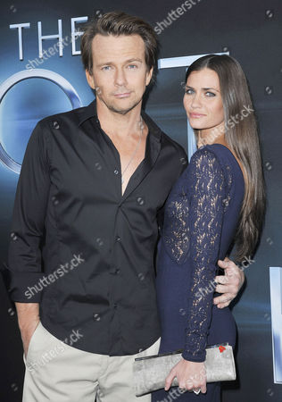 Stock Image of Sean Patrick Flanery and Lauren Michelle Hill