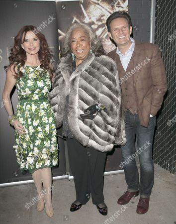 Roma Downey, Della Reese and Mark Burnett