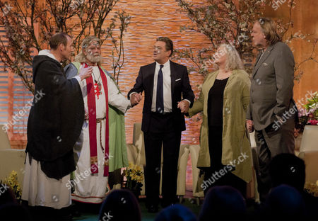 Alan Titchmarsh with Mark Graham, Arthur Uther Pendragon, Dr Zoe Bram and Rick Wakeman