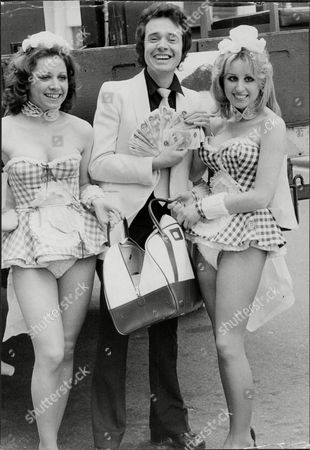 Artist And Comedian Paul Trevillion With Penthouse Pets Susan Cannon (right) And Susan Yardley (left) Paul Trevillion (born 11 March 1934) Is A Highly Acclaimed British Comic/sports Artist Whose Career Spans Fifty Years. Born In Tottenham North London Trevillion Produced Artwork For Publications Like Eagle (comic) And Tv21 While Still At School. From The 1960s To The 1980s Trevillion Devised And Illustrated Pieces For Daily Mirror Daily Express The Sun The Daily Telegraph And The Times And In 2006 Revived His Cult Football Cartoon You Are The Ref - Made Famous By Football Magazine Shoot! In The 1970s - For The Observer. A Book Collecting 50 Years Of You Are The Ref Was Published In October 2006. From August 2008 You Are The Ref Appeared Online At Guardian.co.uk. Trevillion Who Spent Much Of The 1960s In The Us Working With Mark Mccormack At Img For Some Of The World's Biggest Brands Is The Author And Illustrator Of Over 20 Books Which Have Sold Worldwide. He Also Illustrated The Famous Gary Player Golf Class Which Appeared In Over 300 Newspapers Worldwide. He Has Met And Drawn Some Of Sport's Biggest Names Including Pelcc Bobby Moore George Best Franz Beckenbauer Jack Nicklaus Tiger Woods Michael Jordan Sugar Ray Robinson And Oscar De La Hoya. As A Young Man He Also Met And Drew British Prime Minister Winston Churchill. Trevillion's Career Away From His Art Has Been Rich And At Times Bizarre. He Worked As A Stand-up Comedian Supporting The Likes Of Norman Wisdom And Bob Monkhouse Had A Record Deal Was Crowned World Speed-kissing Champion And Invented A Split-handed Golf Putting Technique.[1] He Was Also The Inspiration Behind An Attempt To Boost Leeds United's Image In The 1970s. Hired By Don Revie In 1972 His Ideas Included Wearing Numbered Sock Tags (which Were Subsequently Thrown Into The Crowd As Souvenirs) And Synchronised Warm-ups.[1] In 2008 Trevillion Was Interviewed In The Award-winning Documentary Roy About The Life And T.